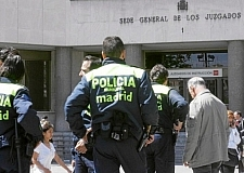 شرطة مدريد وسط زوبعة بسبب عبارات عنصرية ضد المغاربة