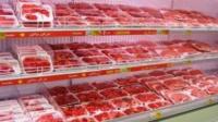 السويد: قانون جديد يلزم أصحاب المحال التجارية بذكر مصدر اللحوم