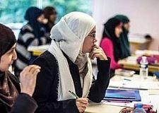 المملكة المتحدة:  جدول الامتحان يأخذ في الاعتبار رمضان