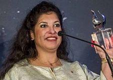 تكريم عالمة الفضاء المغربية مريم شديد في حفل بلندن
